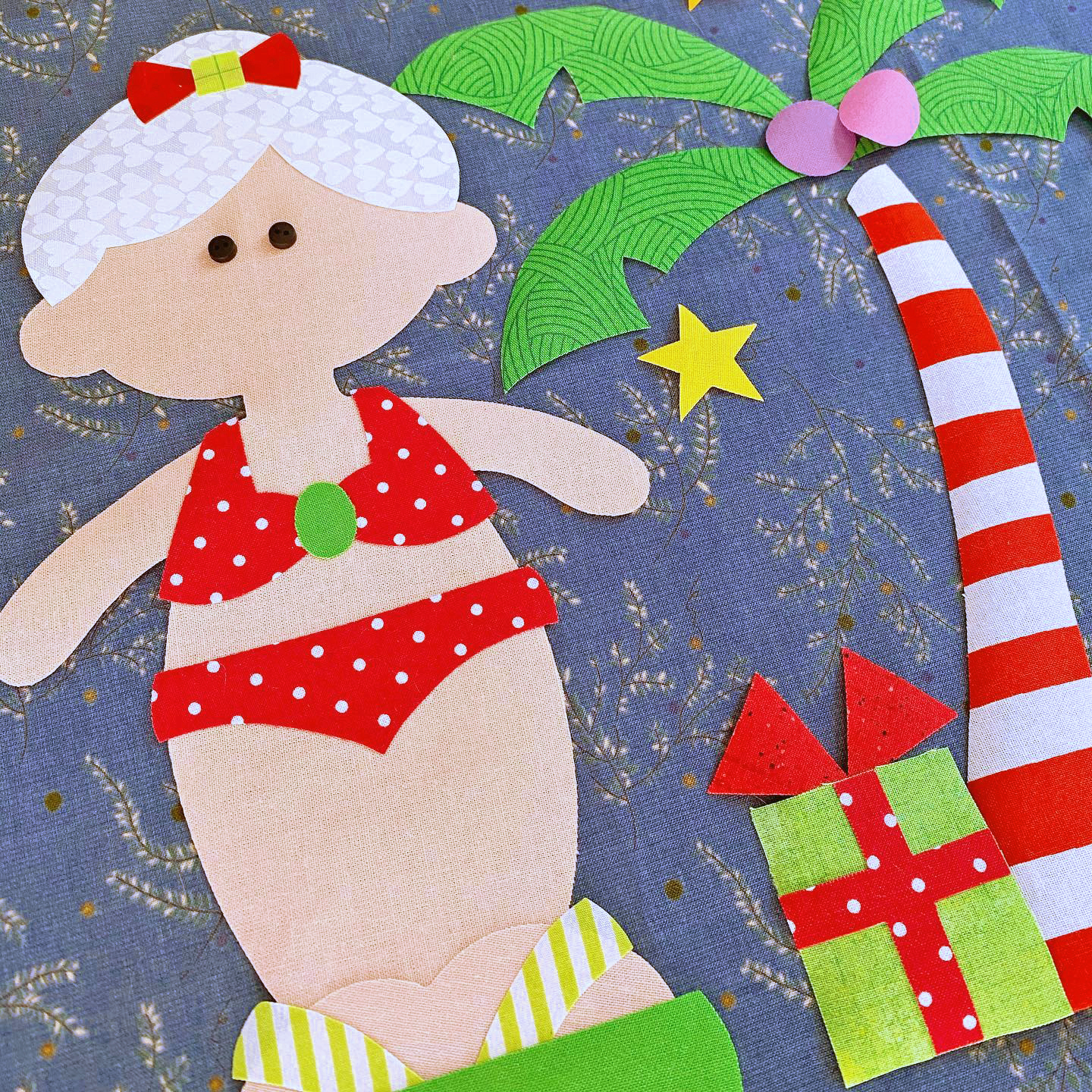 It's a Paper Doll Christmas!